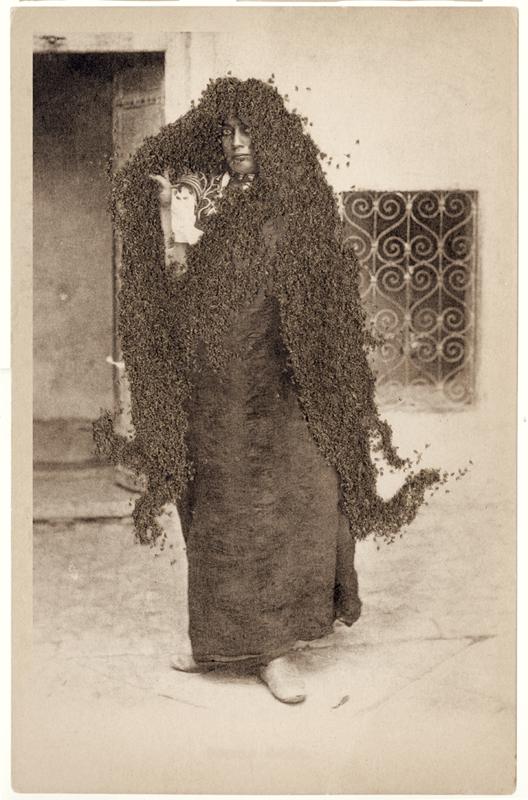 10-colony-femme-arabe copy.jpg