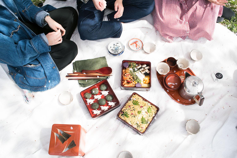 Tea, chirashi, bento, dessert.