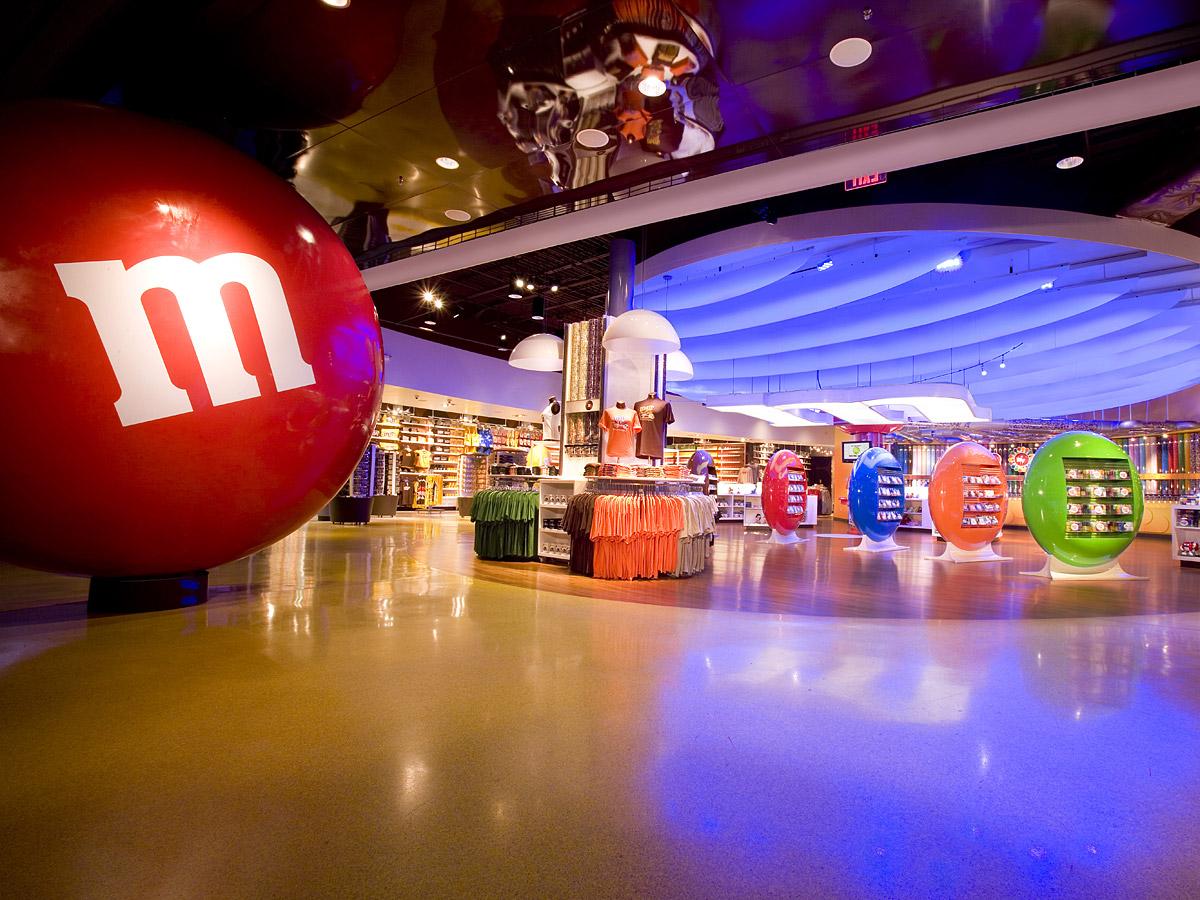 M & M Retail