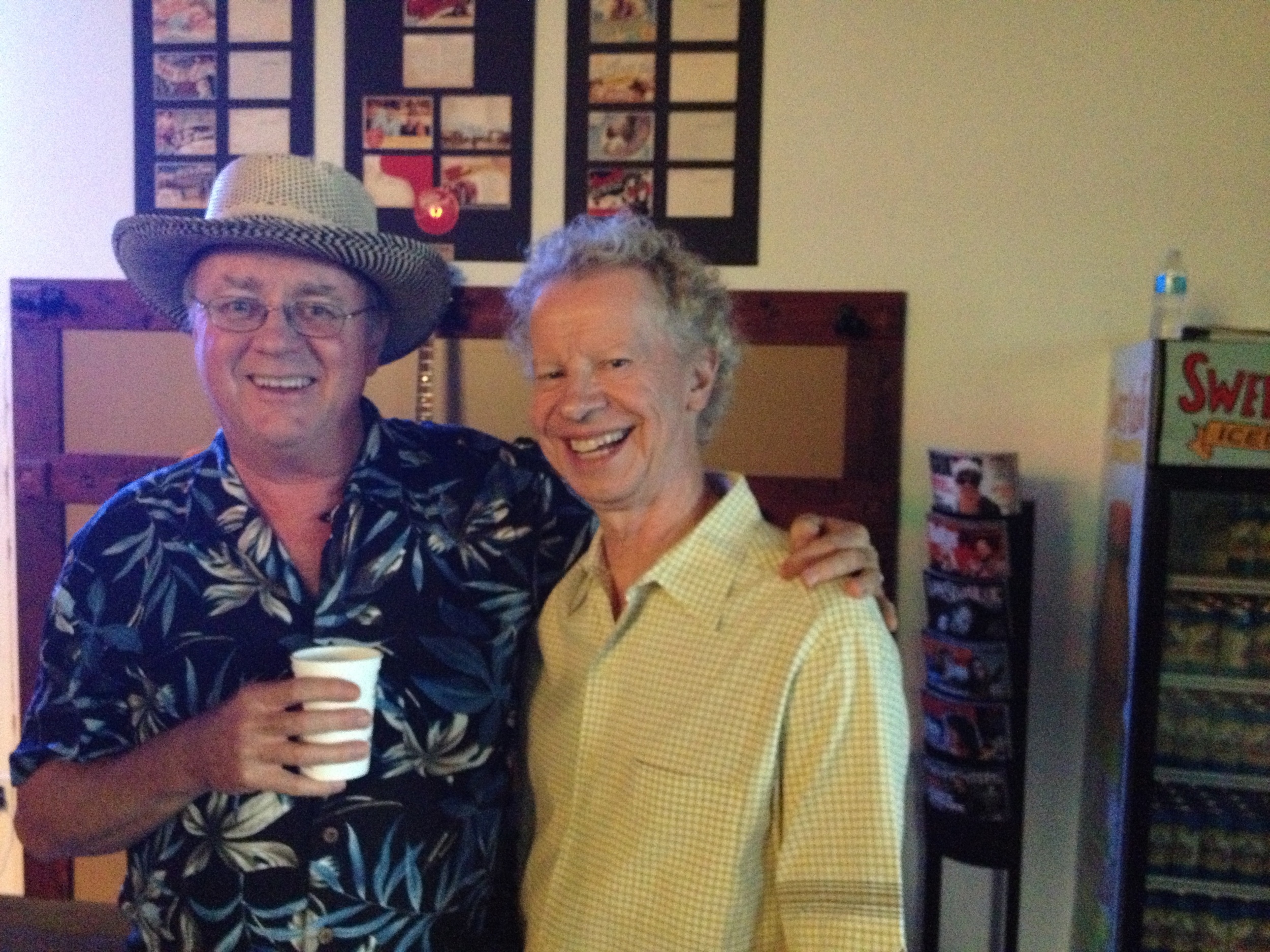 """Emcee Terry Lickona (producer of Austin City Limits) and Robert """"Beto"""" Skiles"""
