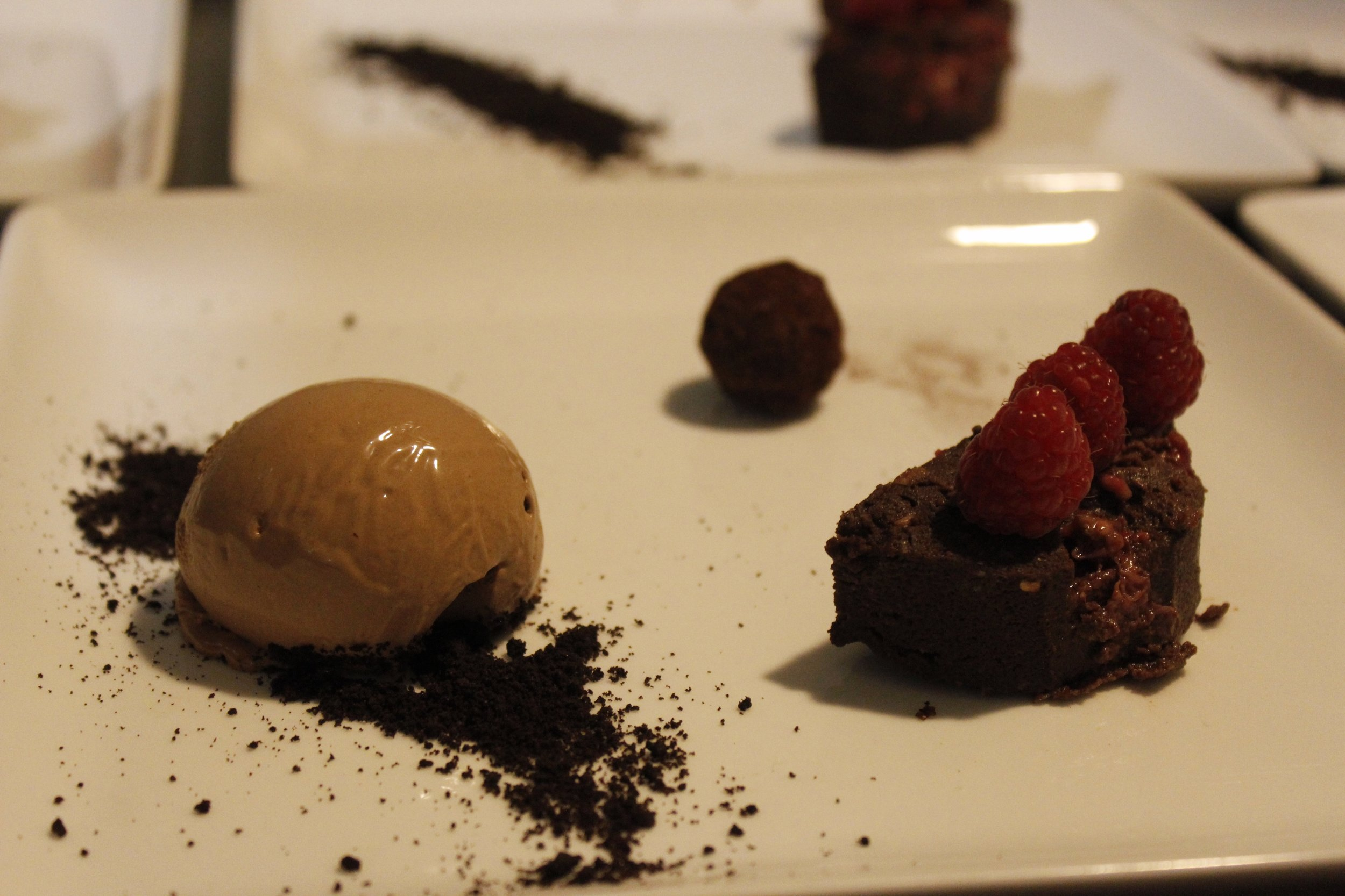 picture of chocolate cake and ice cream dessert