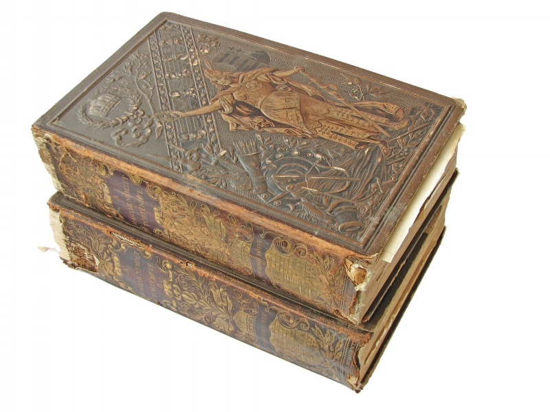 old-books-2-1424712.jpg
