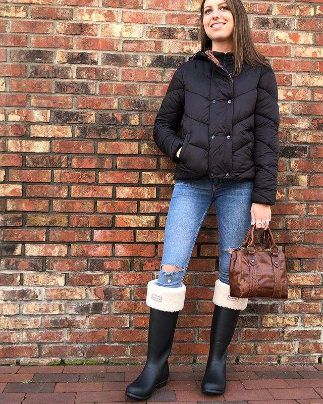"""Feeling """"sheepish""""? Come check out our new @hunterboots boot socks for Fall!! #shoplocalbtv #csmplace #dearlucy #hunterboots #fallboots #btv"""