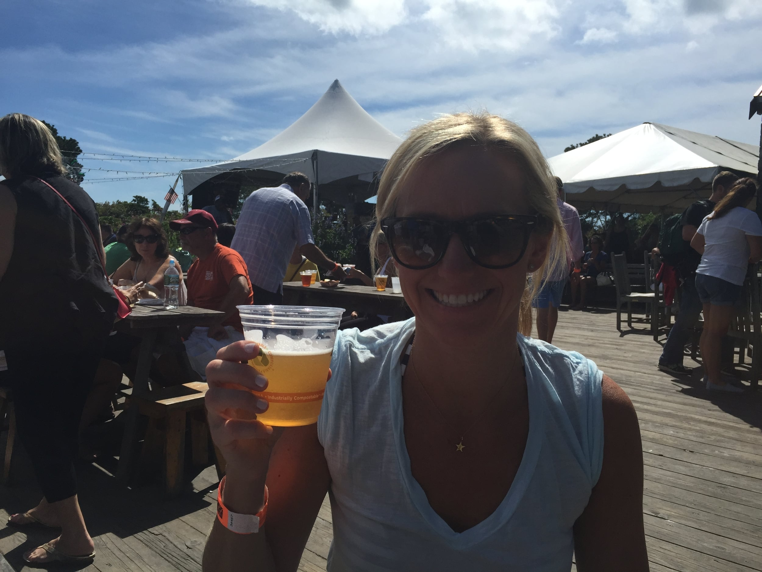 #ciscobrewers #patiodrinking #daydrinkingproblems #sometimesidrinkbeer #whalestale #sharktracker #nantucketweekend2015 #raybans #jcrew