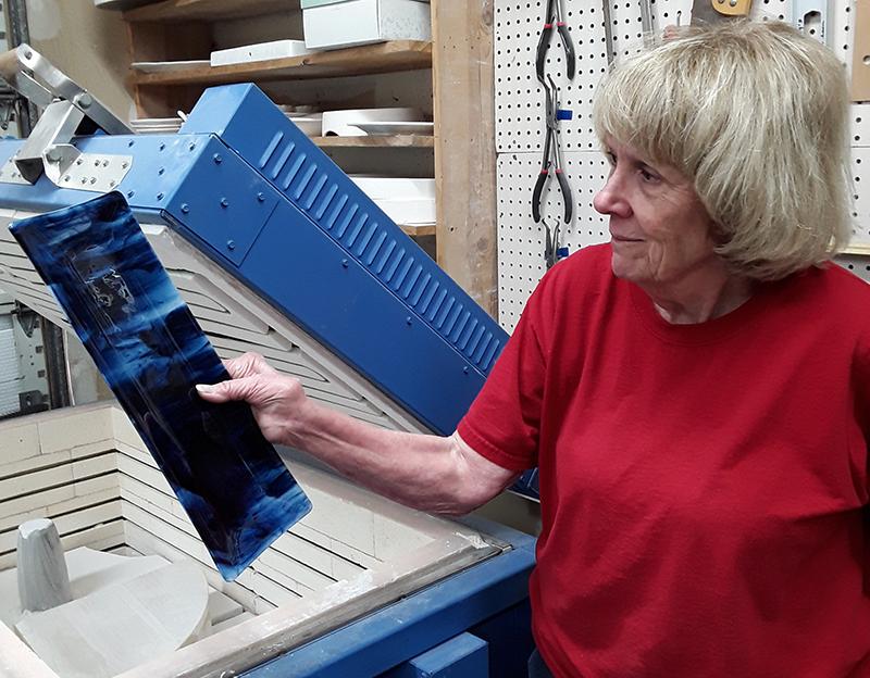 Glass Artist Libby Kirk