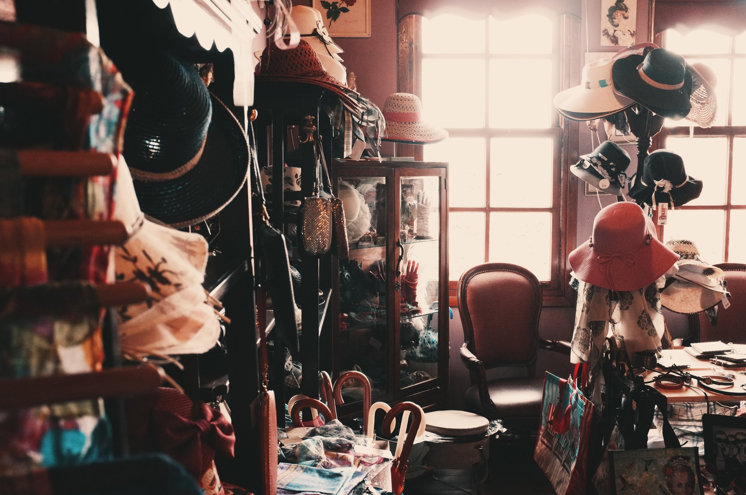 Many times, clutter occupies more than physical space. It can also clutter our minds and cause us to feel bogged down and affect our creativity. Photo by  Onur Bahçıvancılar  on  Unsplash