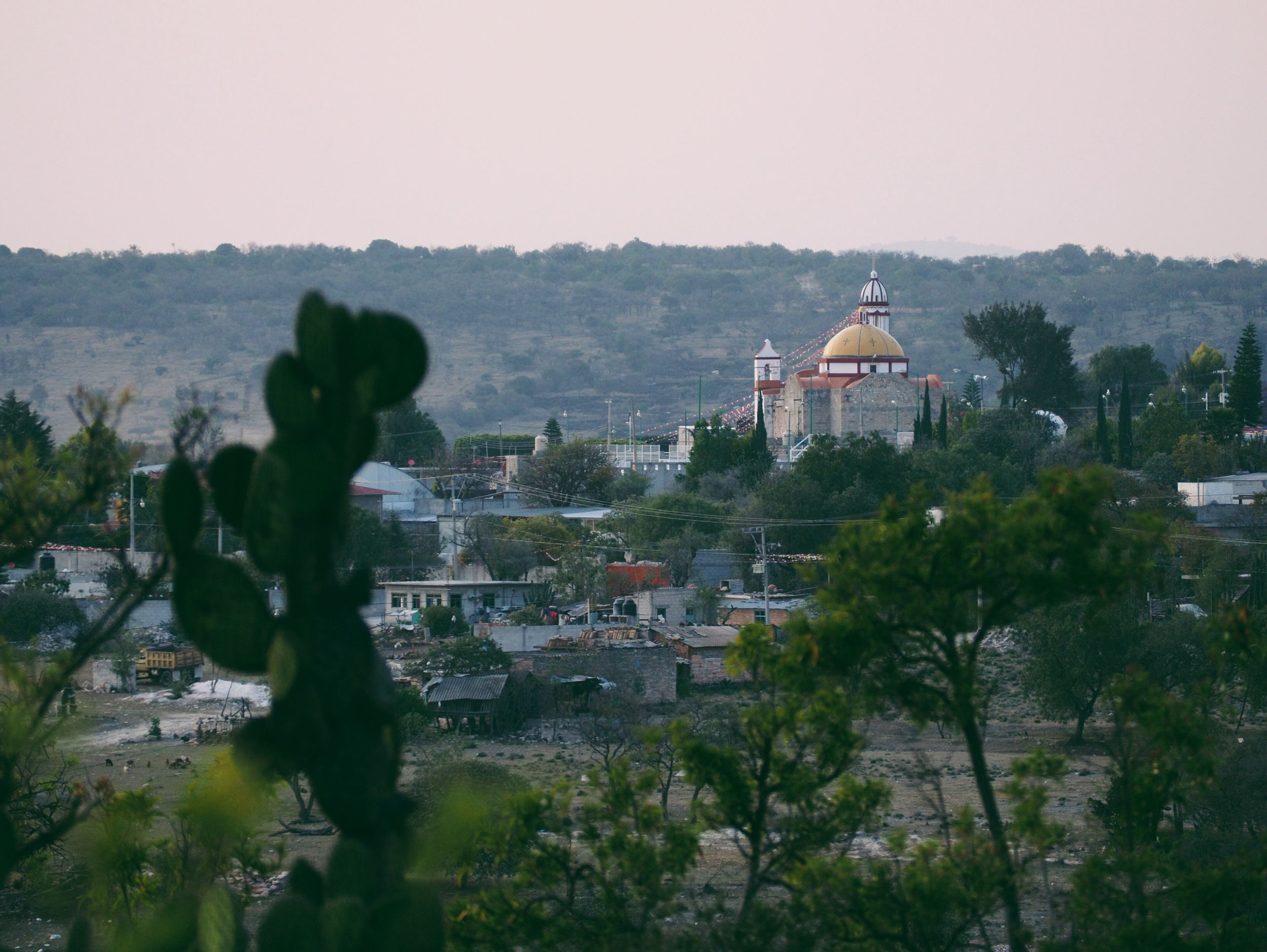 Sunset over Tepexi de Rodriguez outside of Puebla – a mining town with beautiful quartz artisanías