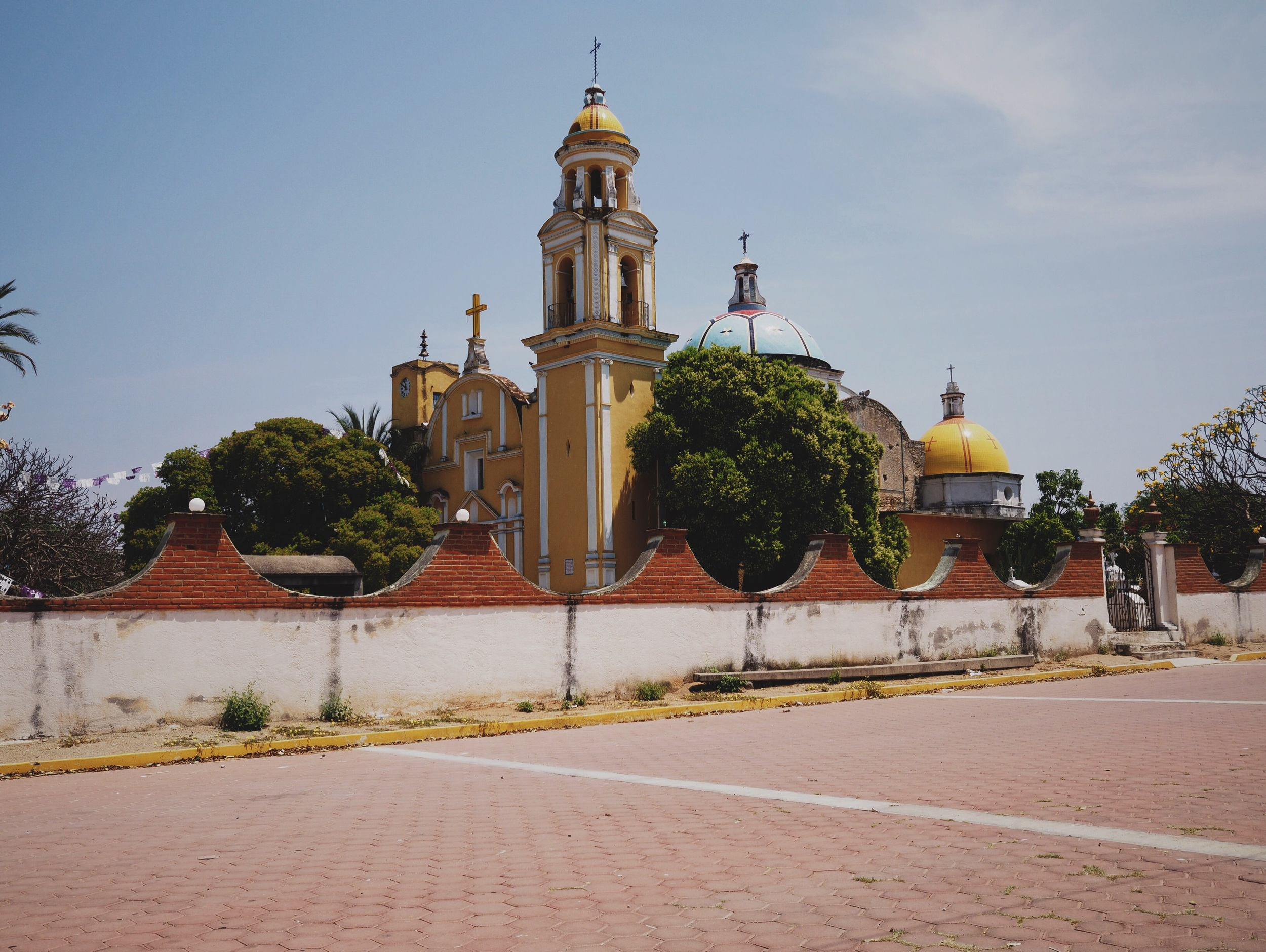 Lots of churches along this stretch - even in the tiniest of towns, the churches are large and well-kept