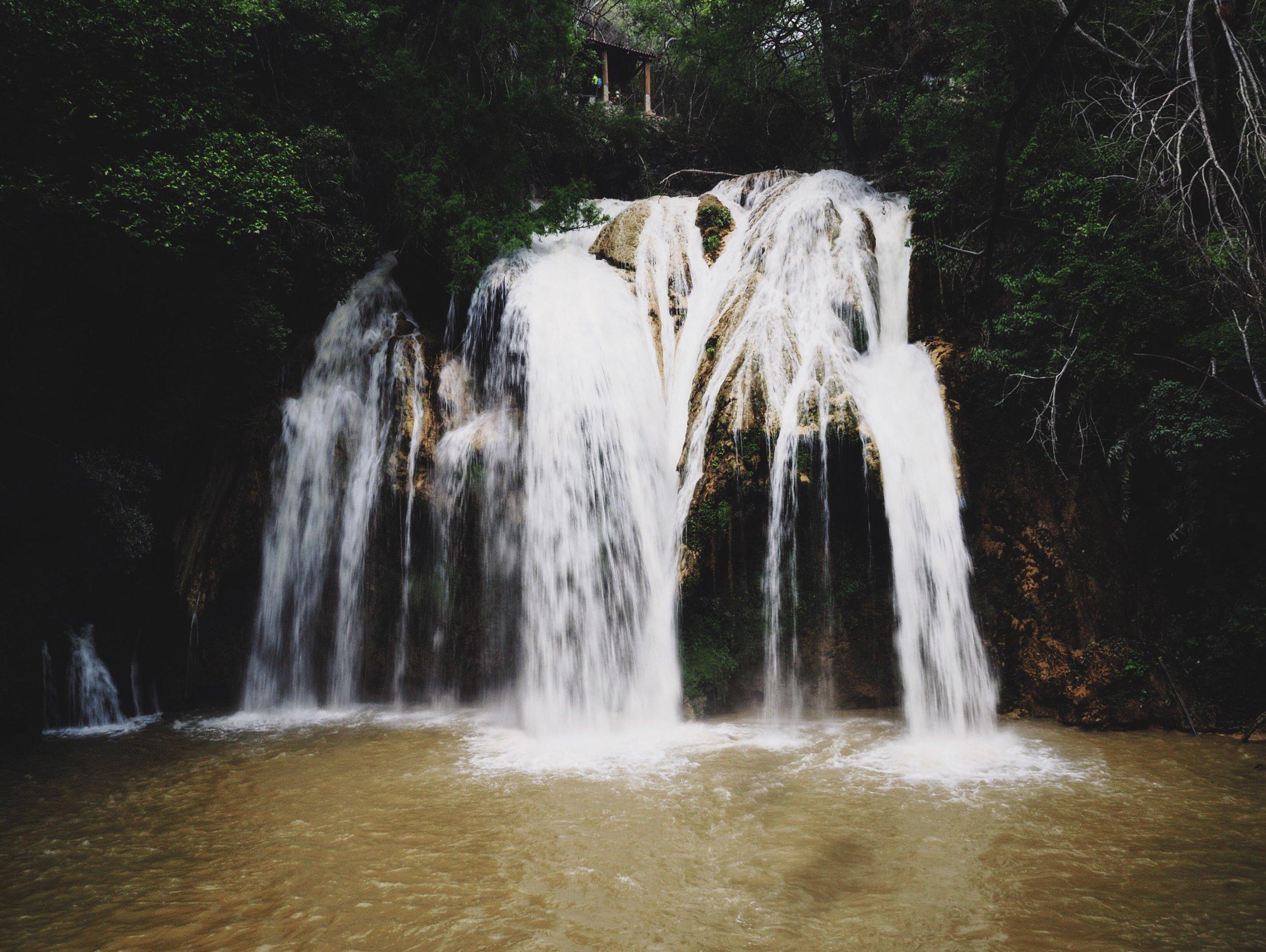 The impressive smaller falls at El Chiflón