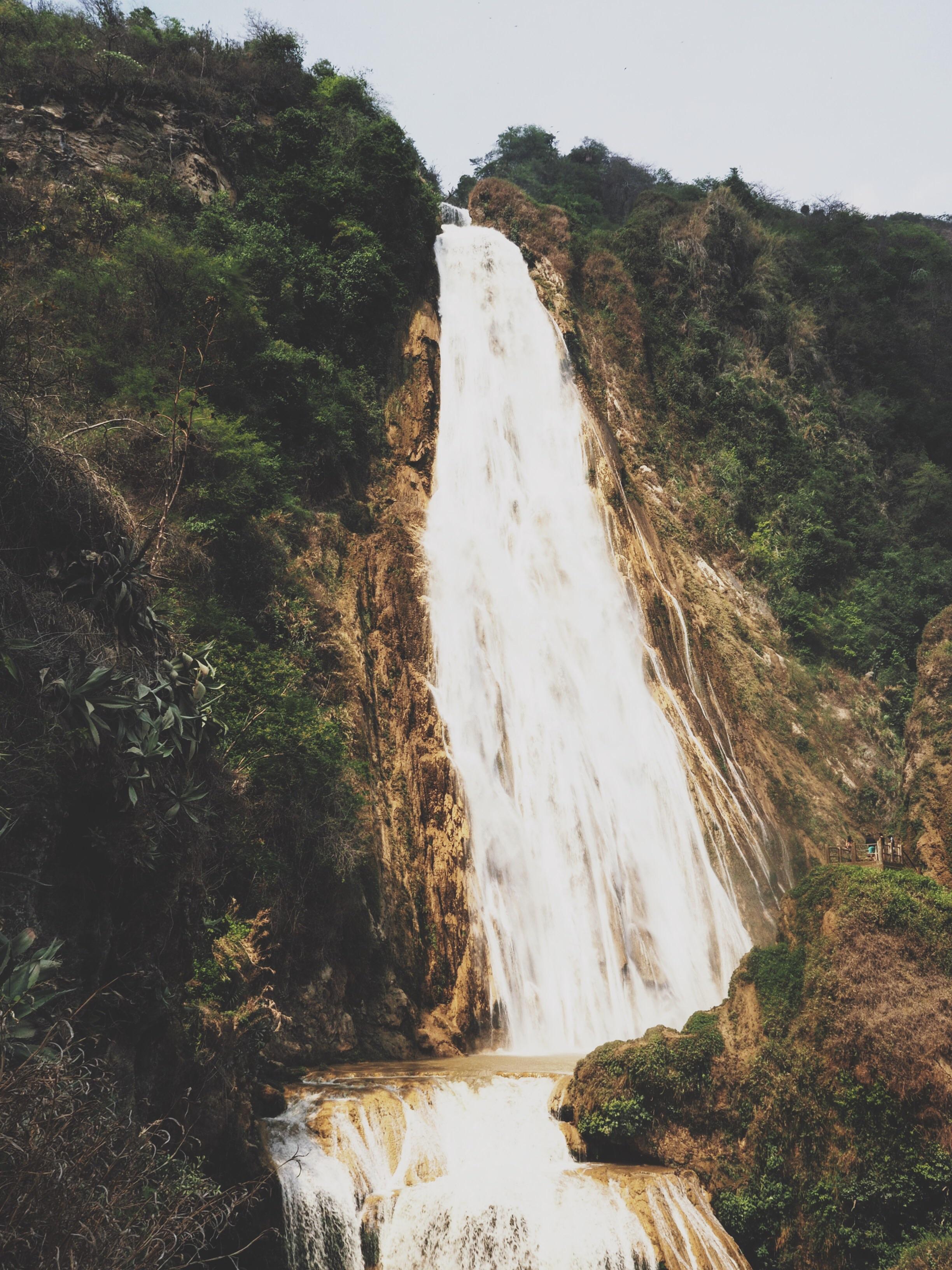 Massive and impressive waterfall!