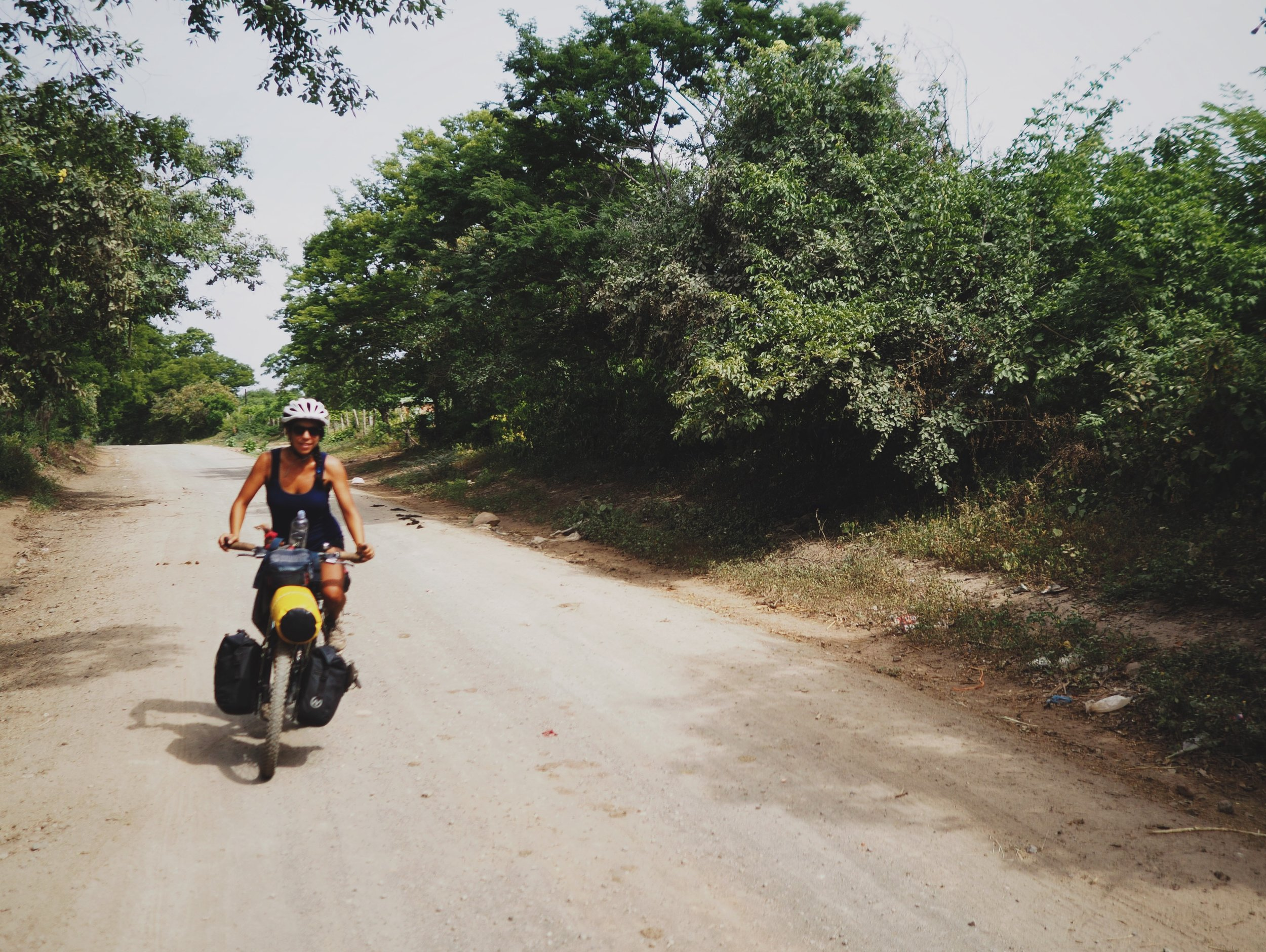 Heading out of Leon, we hopped on dirt roads almost immediately