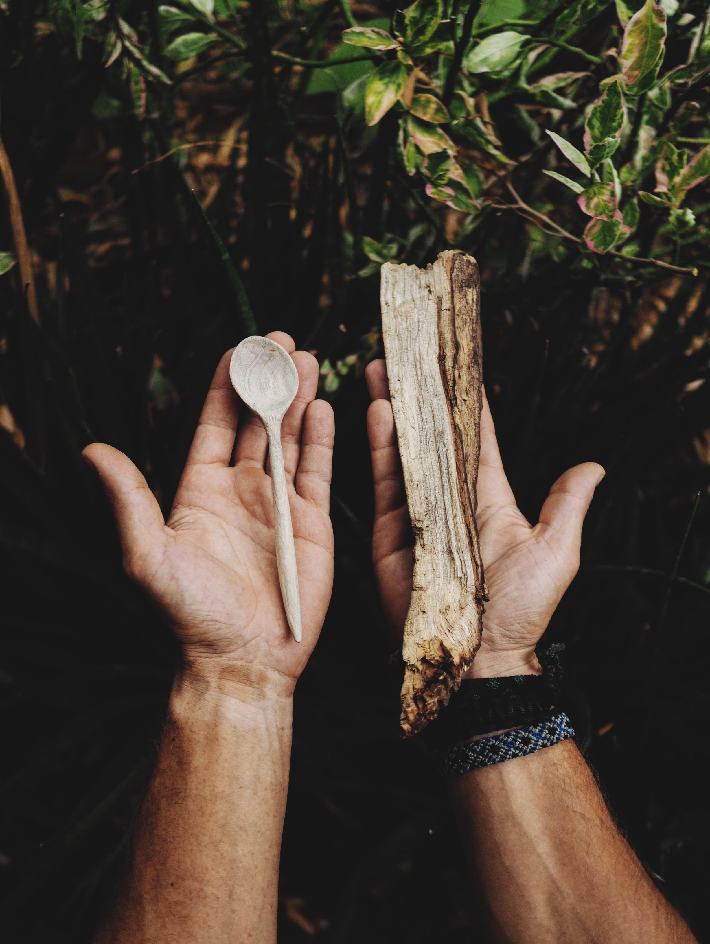 Mehedi making magic from madera de mango