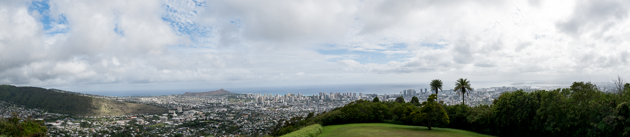 panoramic view of honolulu from tantalus