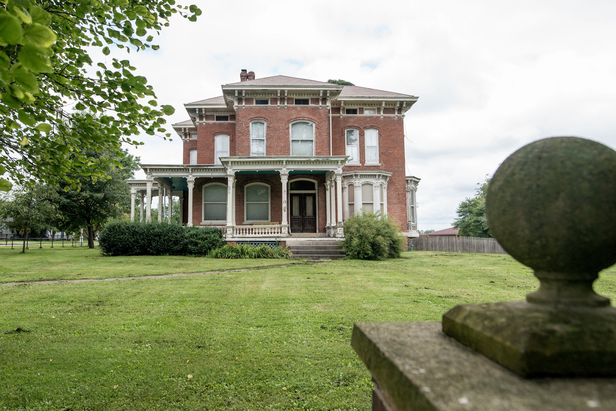 historic home in williamsville