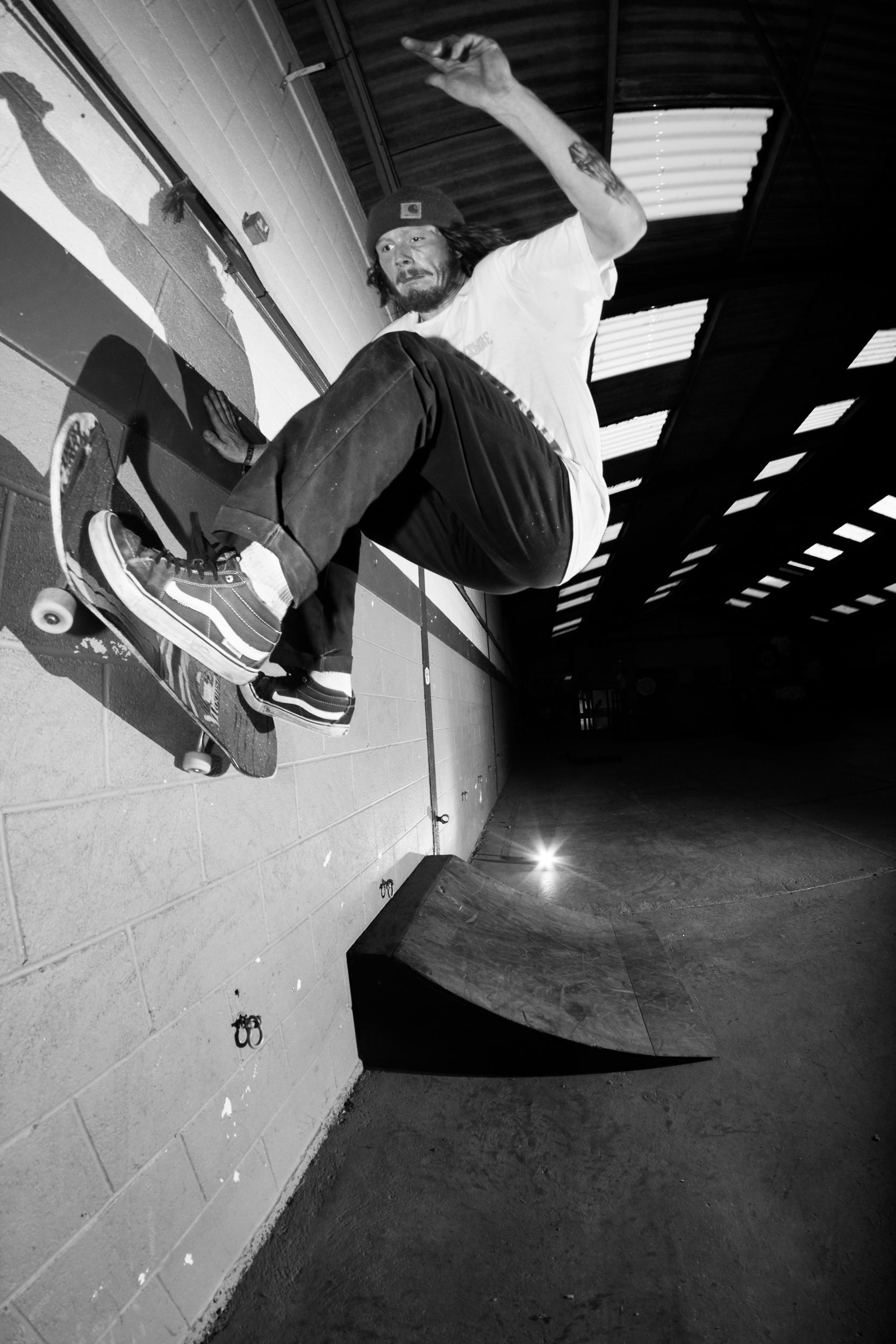 Rob Jones - Fs Wallride