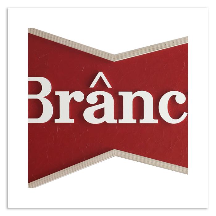 Thumb_Budweiser_Brancusi.png
