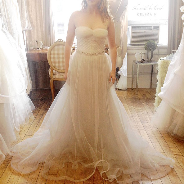 Manhattan #fashiondiaries: a #coolbride in an artisan couture #Kelima_K #weddingdress, locally handcrafted in NY. Keep an eye out for our January sample sale which will include veils and some of our dresses from past collections.