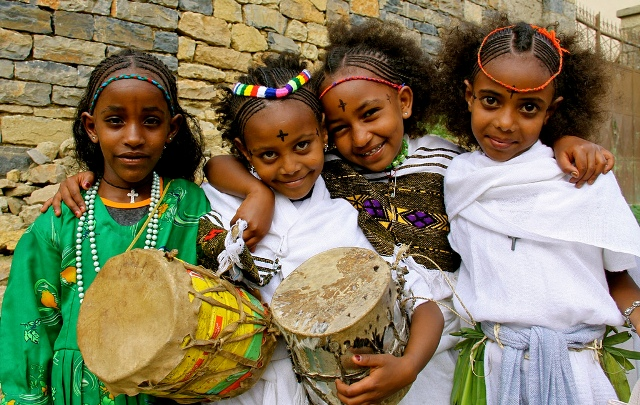 young-girls-celebrating-ethiopian-new-year-photo-by-imagine-1-day.jpg