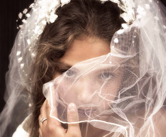 child-bride-photo-by-nicole-hinrich.jpg