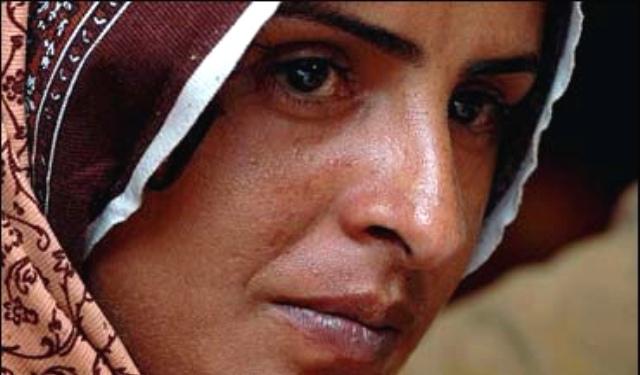 mukhtar-mai-pakistani-gang-rape-survivor-and-activist-photo-by-lauren-rose-without-a-thorn.jpg