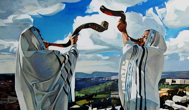 blowing-the-shofar-photo-by-mayim-hayimof-torah.jpg