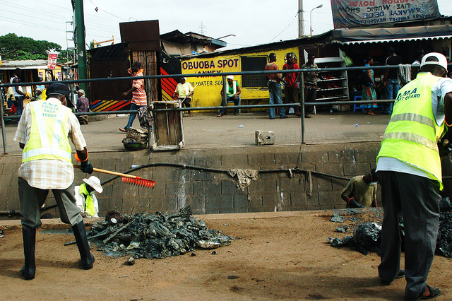 municipal workers cleaning massive open sewers. accra, ghana, photo by z/Flickr
