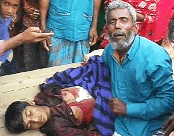 bangladeshi-protesters-inconsolable-father-death-of-son-photo-by-protibadi-musafir.jpg