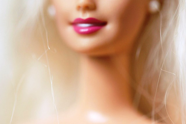 barbie-with-pink-lips-photo-by-snorlax-kwan.jpg