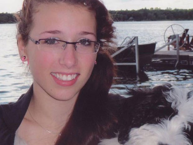 rehtaeh-parsons-17-canadian-rape-victim-commits-suicide-3.jpg