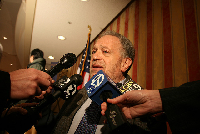 robert-reich-tries-to-reach-the-mics-photo-by-klutzykristie.jpg