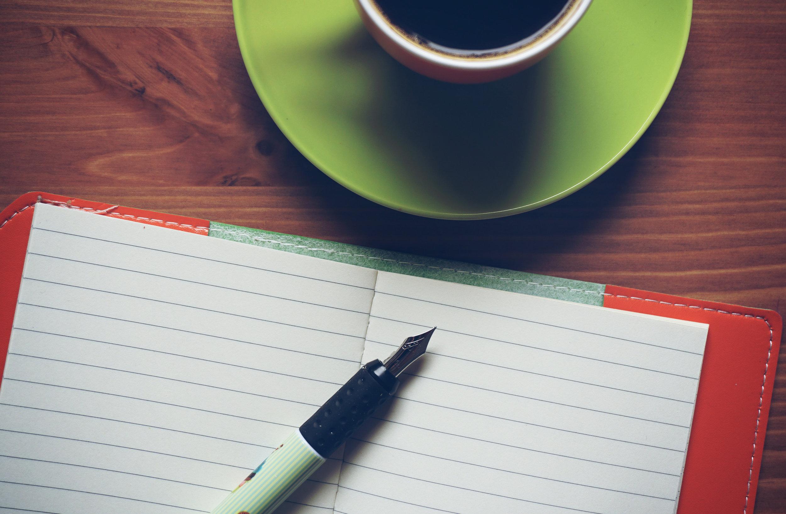 03-note-coffe-pen.jpg