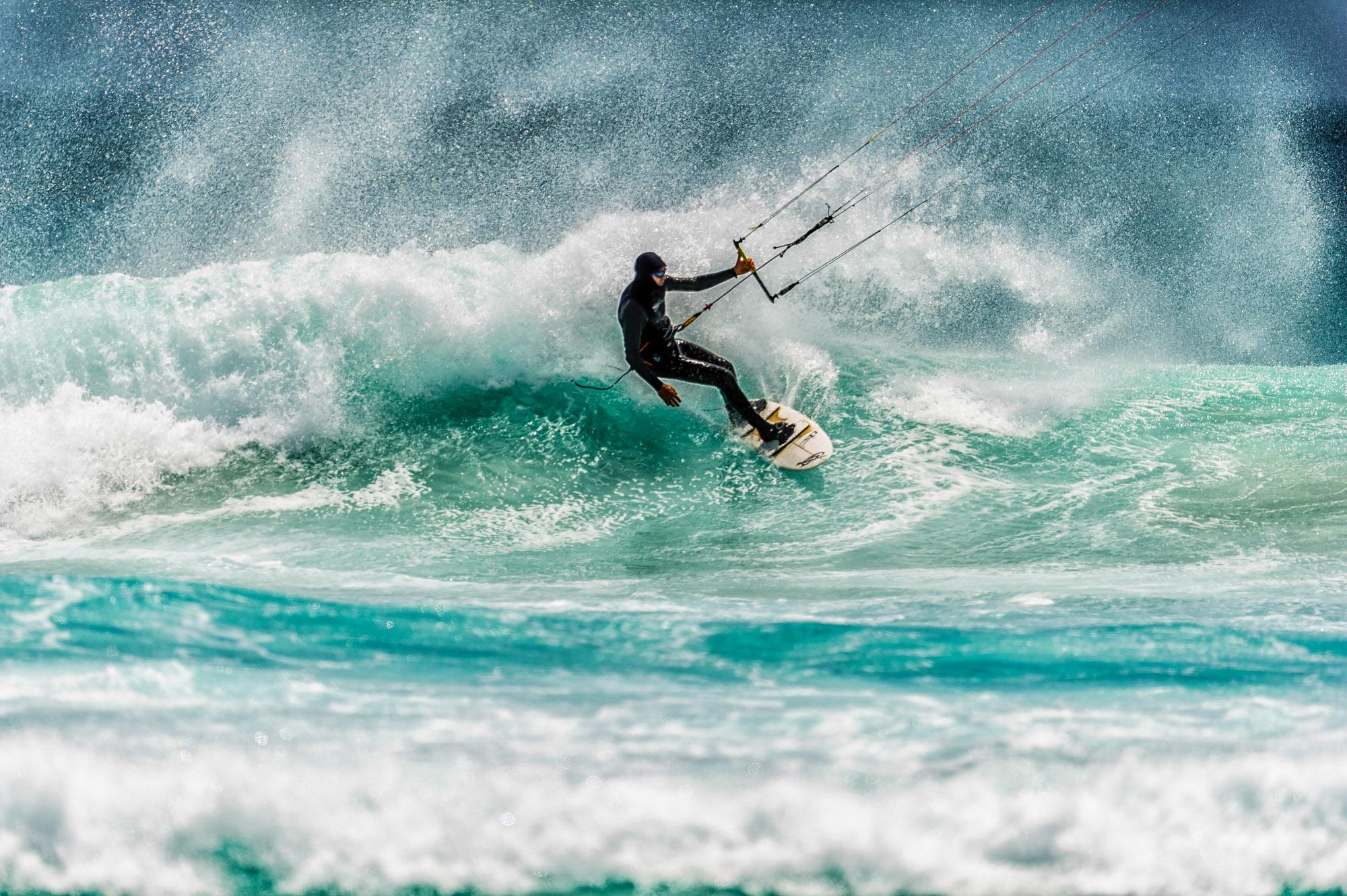 Extreme Kite Surfing