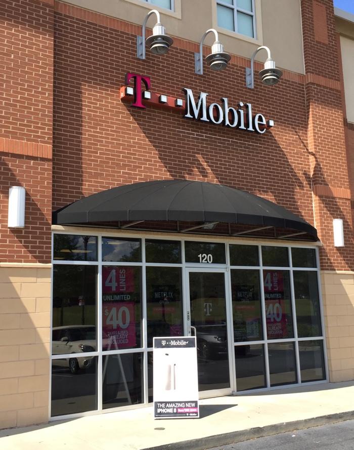 t-mobile-store.jpg