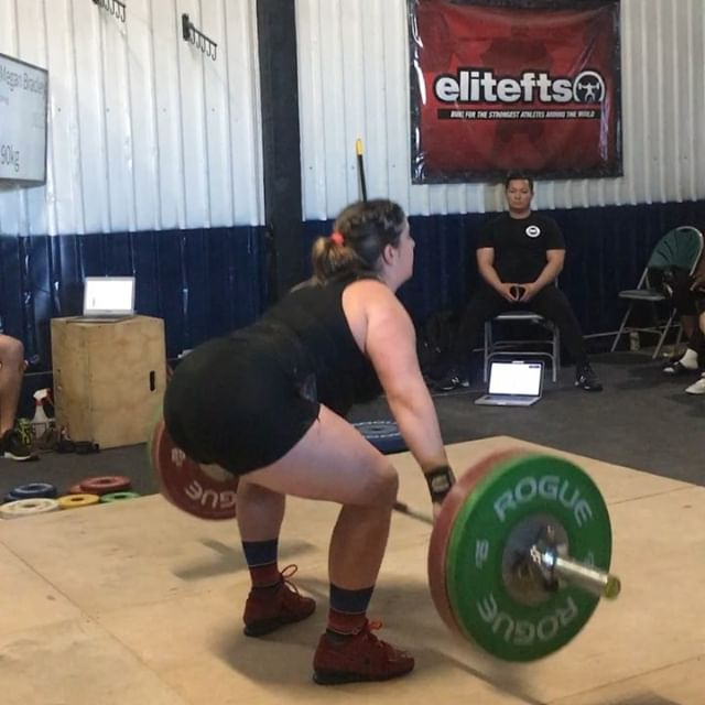 @meg_brad had a strong showing at the @repmaxperformance going 90/100 and finally cracking into that 200kg total range. That 90kg snatch has been on our mind for quite sometime and it was awesome to see her finally stick it. 7 weeks out from nationals and we are marching in the right direction. #pursuingexcellenceinweightlifting  #socalwlc @southernpacificlwc #splwc #usaw #snatch #cleanandjerk