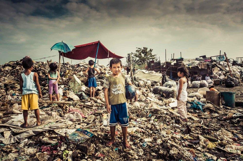 8-140789-17_IPA_Poverty_Manila__1_of_1_.jpg