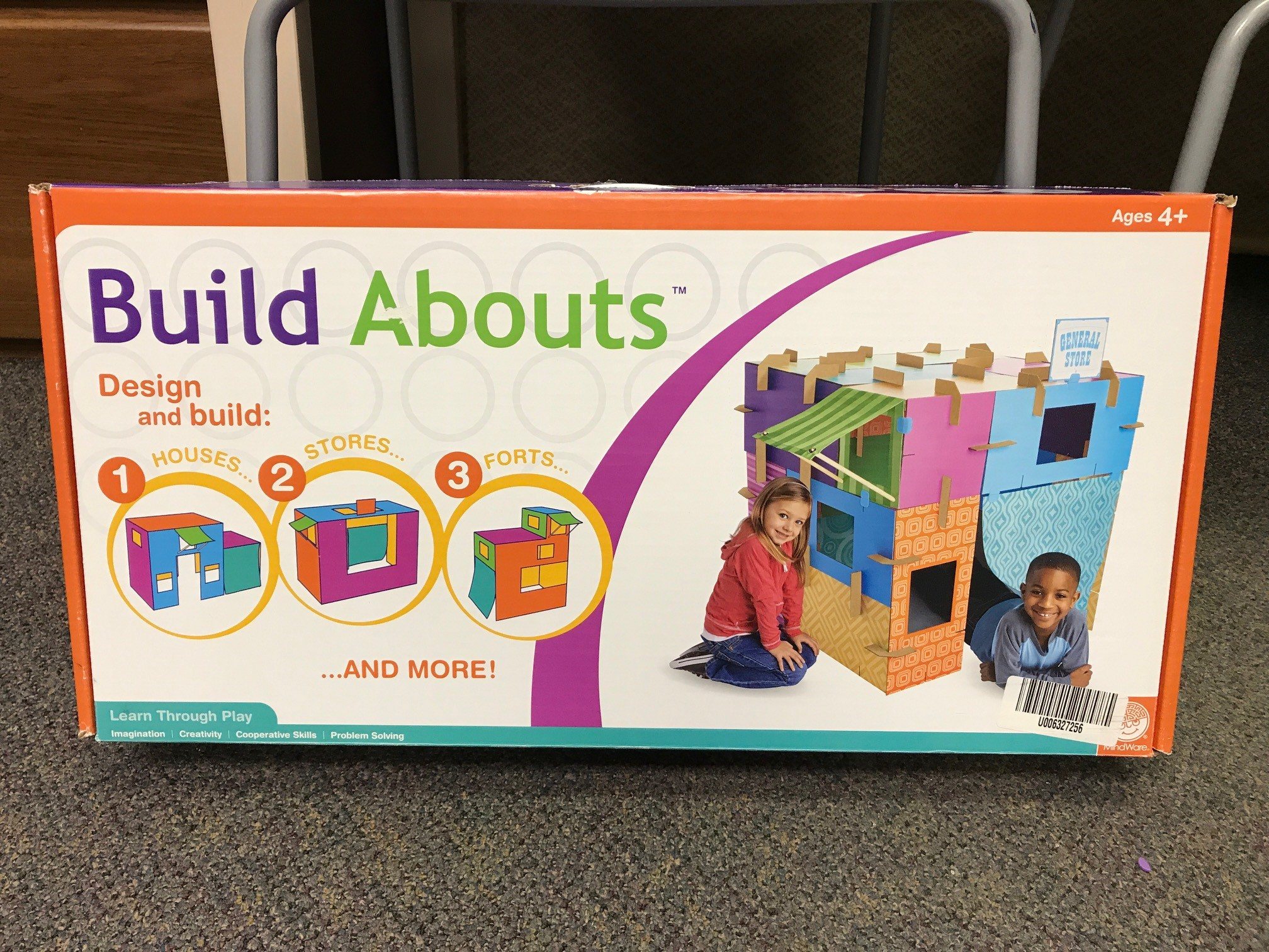 build abouts fort building box.jpg