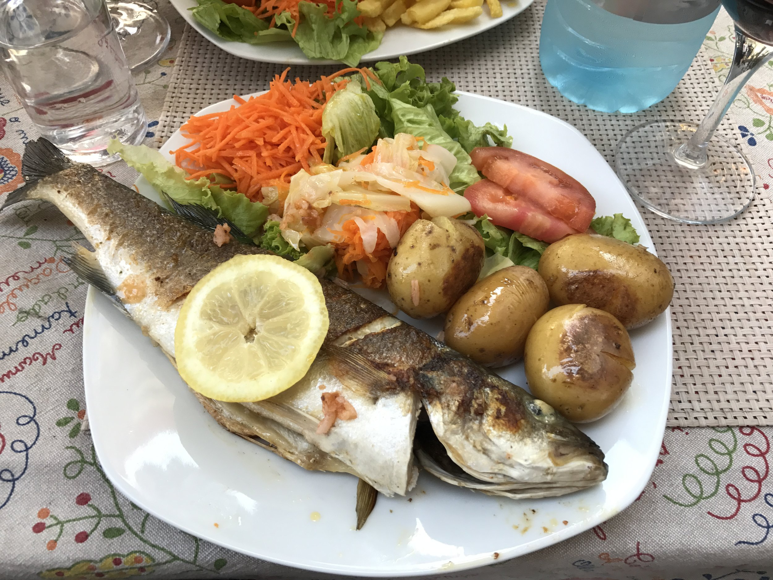 Robalo (sea bass) with a salad and potatoes