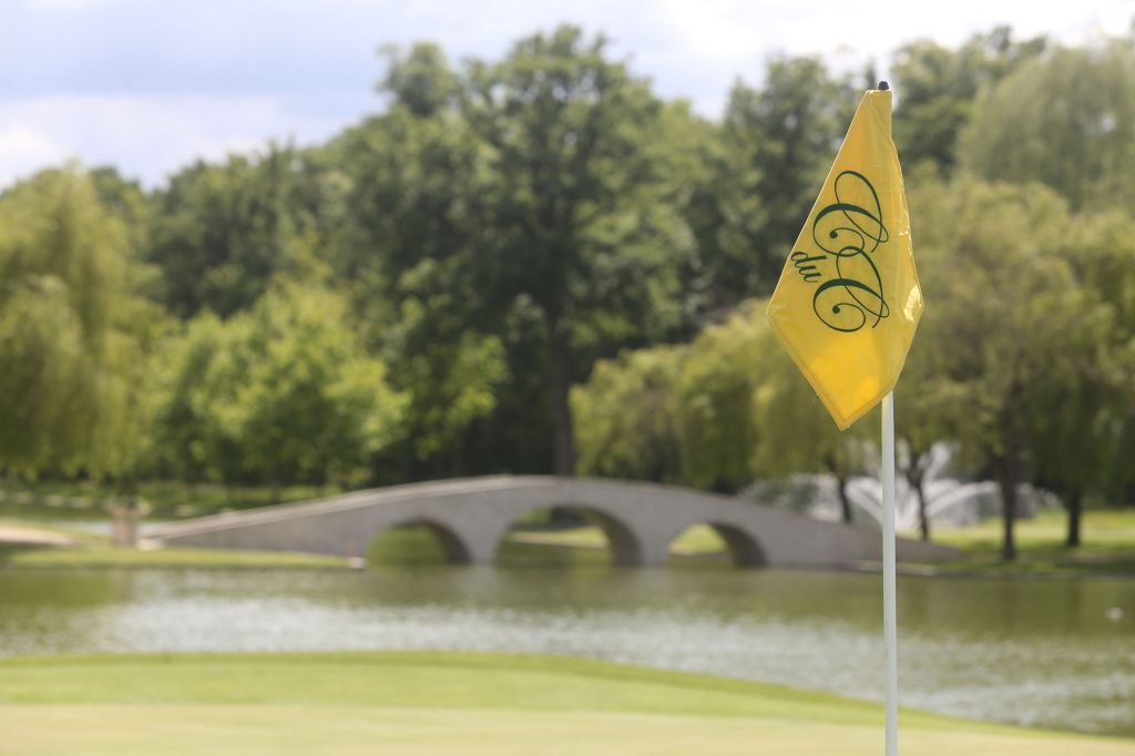Chateau_du_Coudreceau_CduC_Estates_Golf_Course_Flag_Bridge-1.jpg