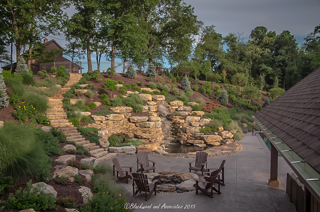 outdoor dining area in sewickley, pa