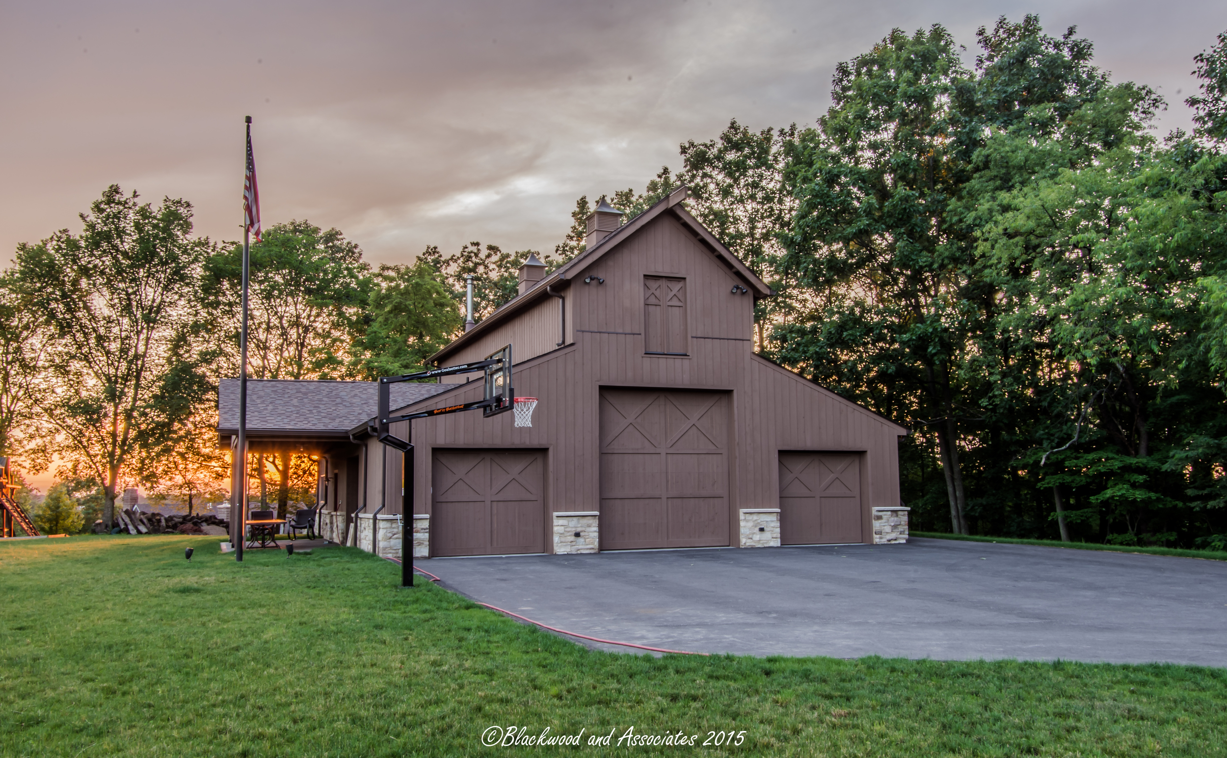 garage and driveway in sewickley, pa