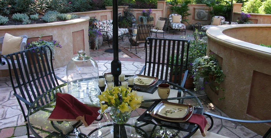 patio and outdoor dining in greensburg, pa