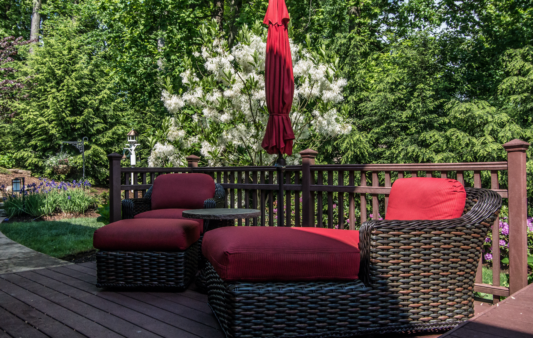 Blackwood & Associates offers flexible and stylish Deck Designs and Patio Designs for Allegheny, Butler, and Westmoreland, PA homeowners.