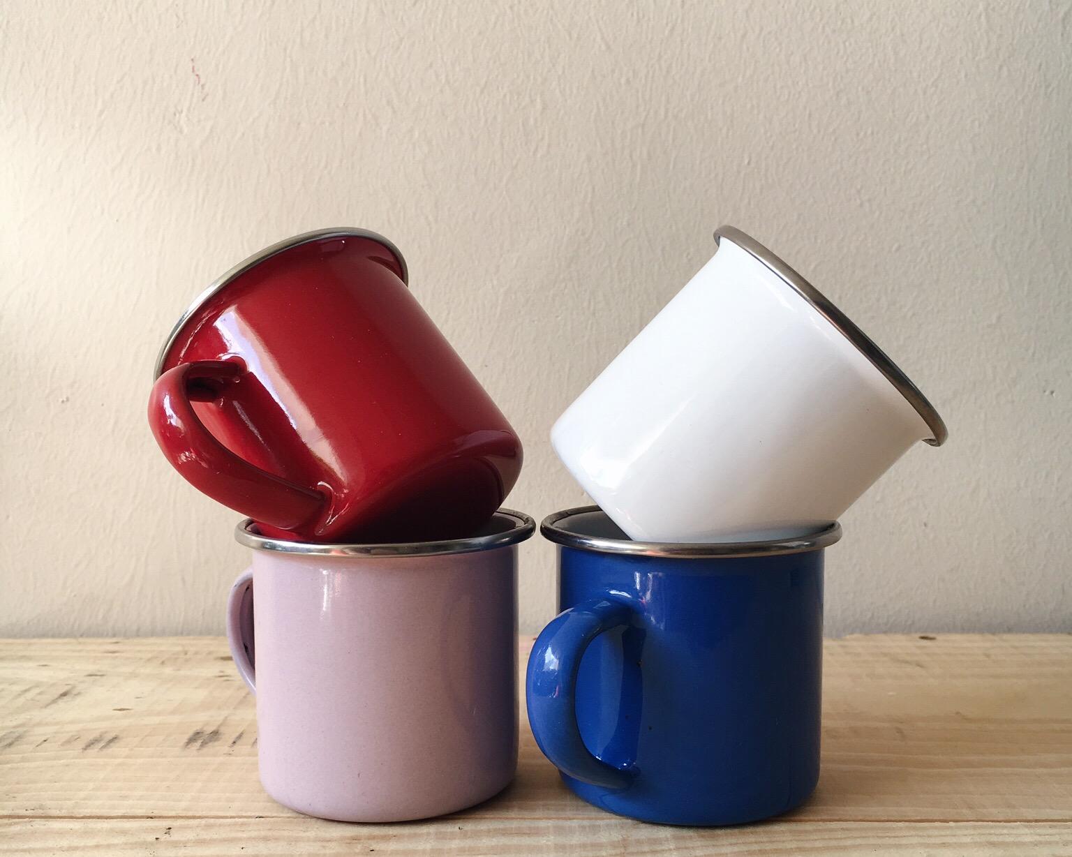 DT07 Mini Enamel Cups