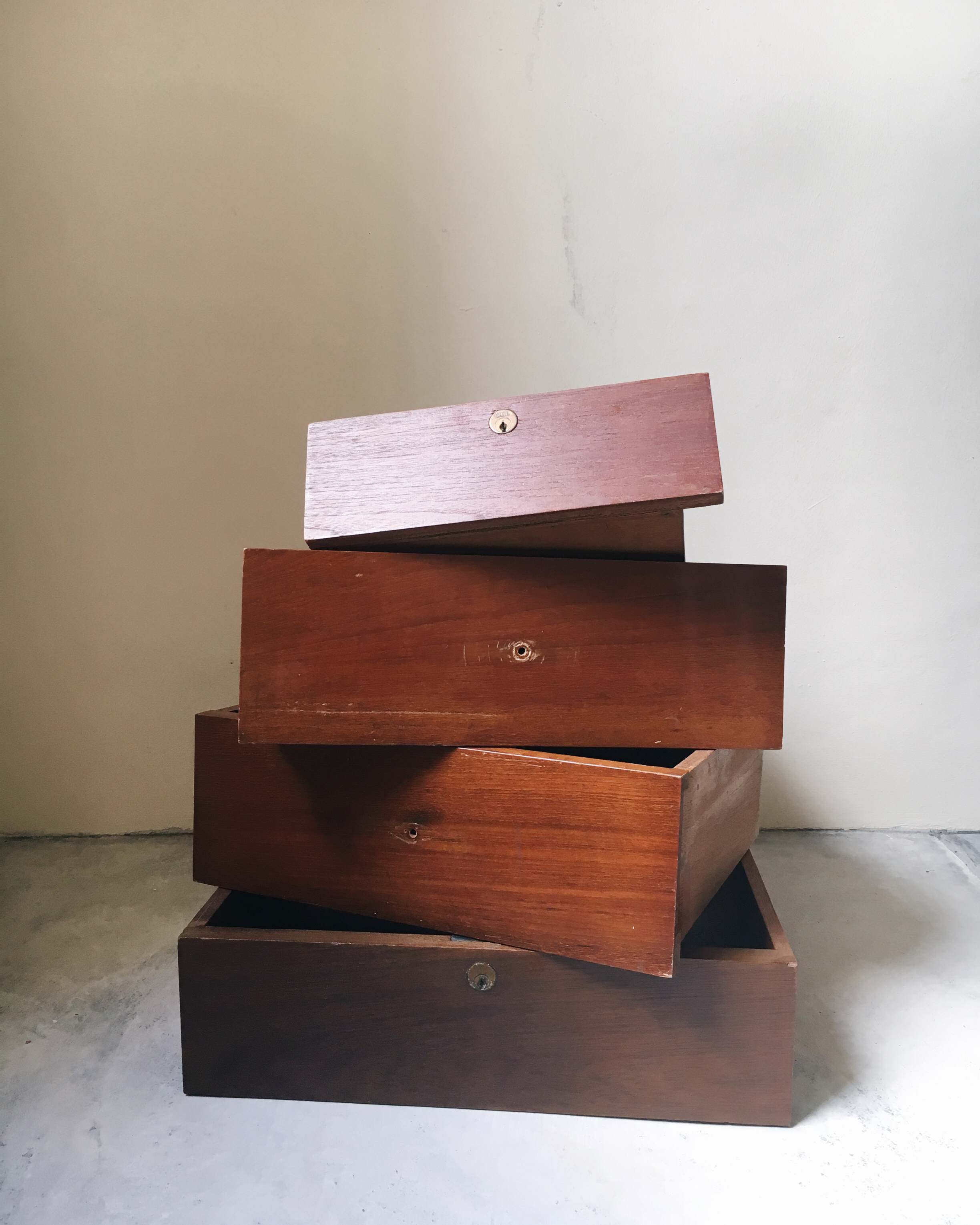 S05 Wooden Drawers