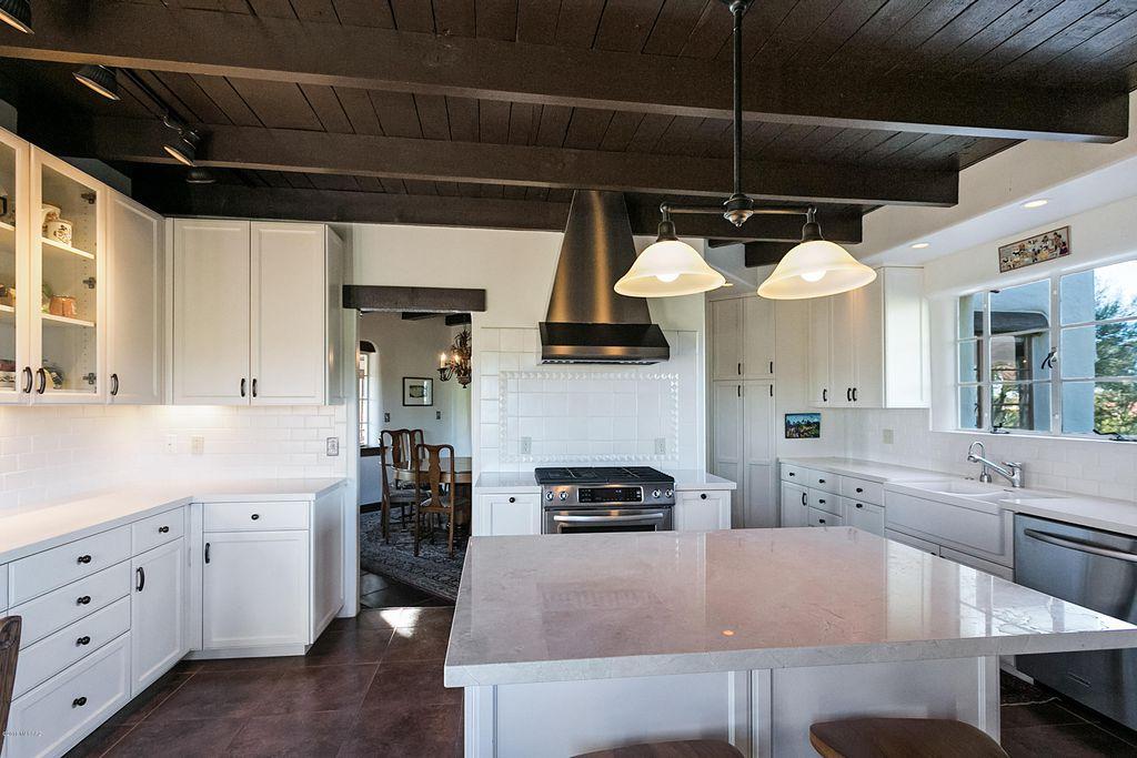 tucson kitchen 3.jpg