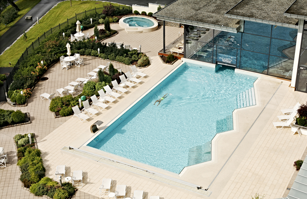 Swimming pool outdoor.jpg