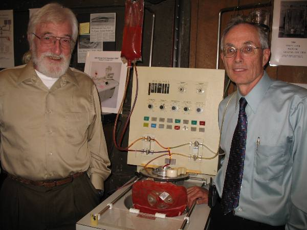 Bob Kellogg and Alan Jones md.JPG