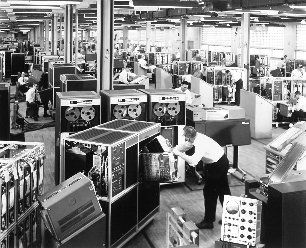 IBM1401_Manufacturing_Landscape_1960  1200 px.jpg
