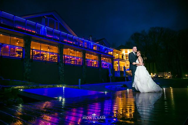 Congratulations to Carly and Robert on their wedding at the Rock Island Lake Club. ⠀ We love the look of their new uplighting on the outside so make sure you don`t miss out on their night shot !⠀ ⠀ Venue : Rock Island Island Club ⠀ DJ: Gemini DJs