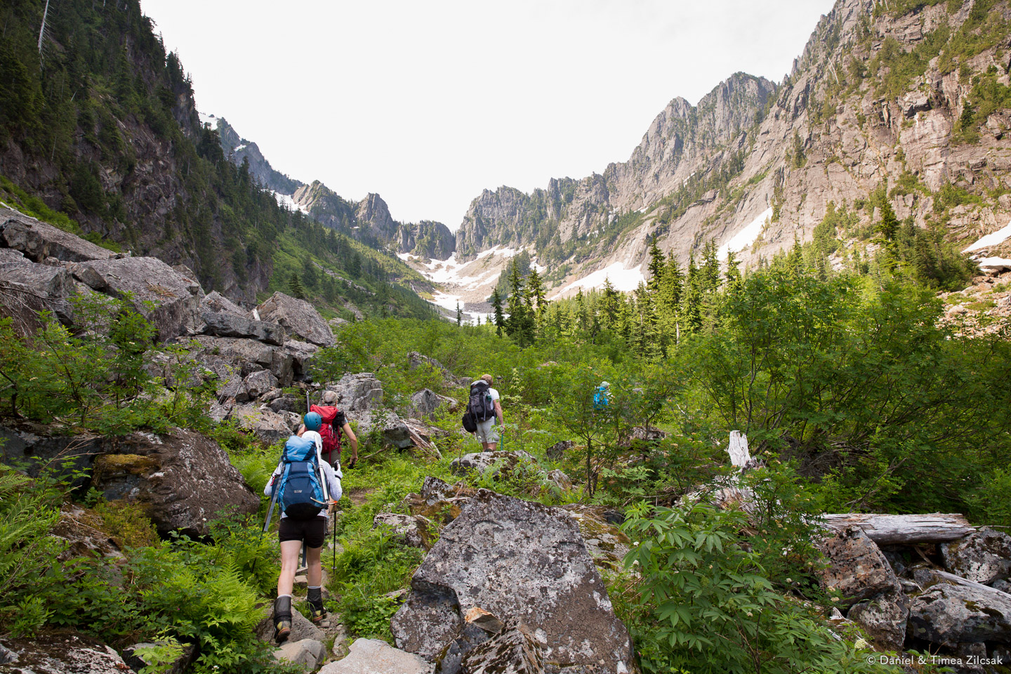 Hiking up the valley towards Headlee Pass